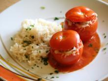gefüllte Tomaten mit Rahmsoße - Rezept