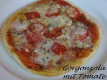 Pizza Gorgonzola - Rezept