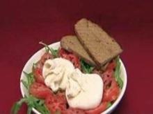 Burrata, coeur du boeuf mit Rucola und Ochsenbrot - Rezept