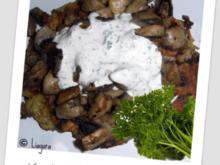 Kartoffelrösti mit gebratenen Pilzen und Creme Fraiche Dip - Rezept