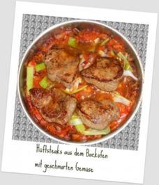 Hüftsteaks aus dem Backofen, mit geschmorten Gemüse, Kartoffeln und Paprikasoße - Rezept