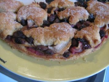 Obstkuchen mit Decke - Rezept