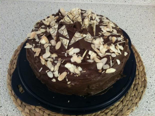 Apfel-Schokoladen-Torte - Rezept - Bild Nr. 2