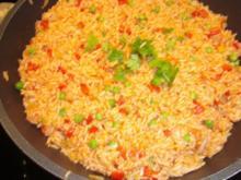 Reis nach Djuvec-Art mit Cevapcici - Rezept