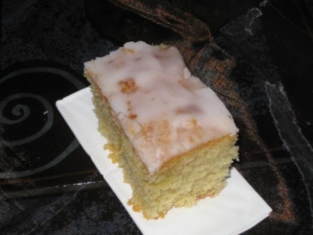 Zitronenkuchen vom Blech.Kinder lieben es ! - Rezept