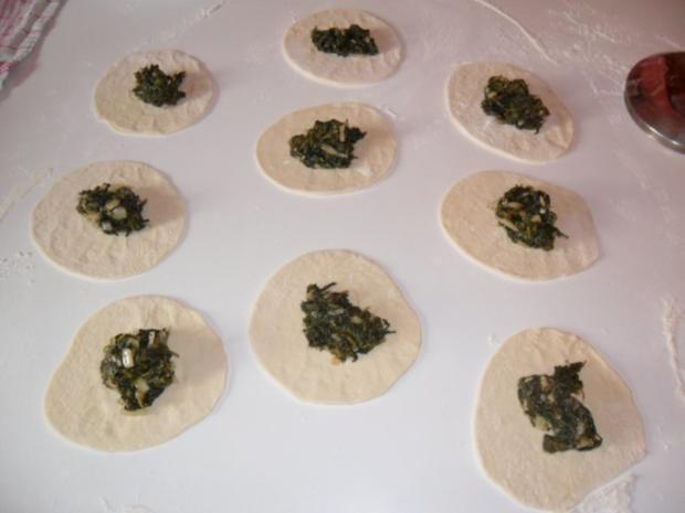 Teigtaschen gefüllt mit Spinat-libanesisch - Rezept - Bild Nr. 6