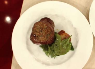 Gefüllte Rindermedaillons mit Spinatsalat à la Kleeberg - Rezept