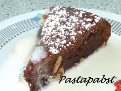 Italienischer Schokoladenkuchen mit Pinienkernen - Rezept