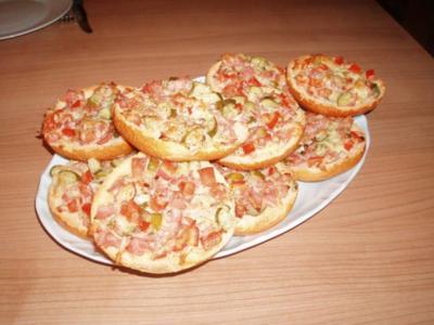 Pizza-Semmeln - Rezept