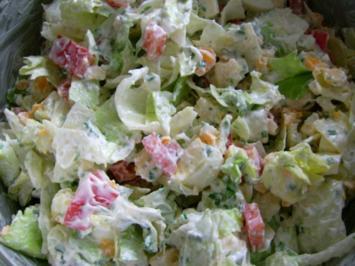 bunter Salat trifft Käse und Ei - Rezept