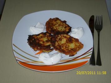 Zucchini-Möhren-Küchlein - Rezept