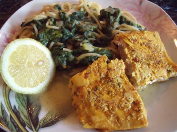 Lachs mit Spaghetti in Kokos-Spinatsauce - Rezept