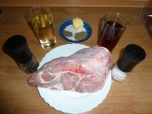 Kalbshaxe geschmort mit Zwiebelgemüse - Rezept