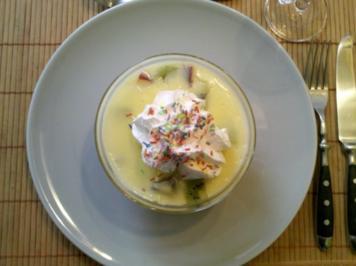 Nachtisch: Vanillepudding mit Obst - Rezept