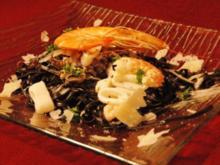 Meeresfrüchte auf Spaghetti mit Tinte vom Tintenfisch - Rezept