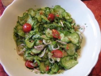 Scharfer Gurkensalat - Rezept