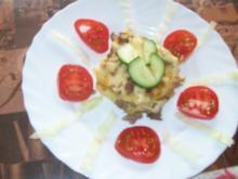 Hackfleisch - Reiberdatschi - Bayrisch  übersetzt Hackfleisch mit Kartoffelpuffer - Rezept