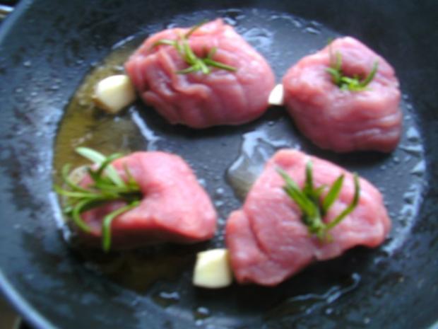 Schweine-Medaillons  mit Zwiebel.. niedrig gegart.. - Rezept - Bild Nr. 5
