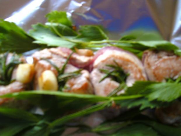 Schweine-Medaillons  mit Zwiebel.. niedrig gegart.. - Rezept - Bild Nr. 4