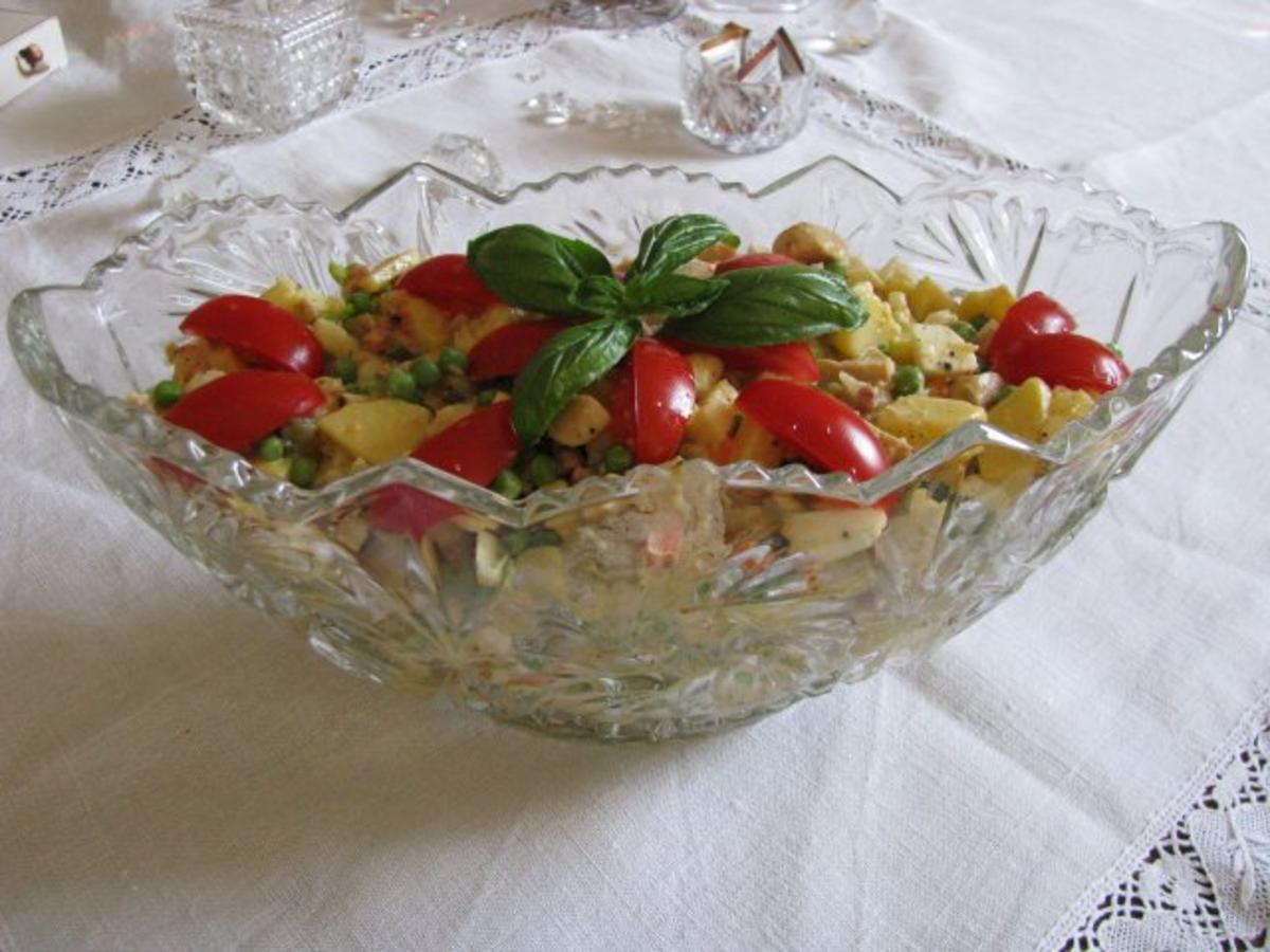 salate kartoffel gem se salat feiertagssalat rezept. Black Bedroom Furniture Sets. Home Design Ideas