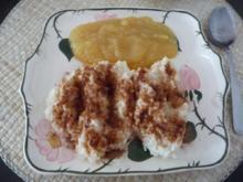 Süße Mahlzeiten : Milchreis mit Schoko - Zimt und Zucker und Apfelmus - Rezept