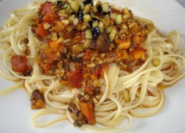 spaghetti bolognese mit k se berbacken rezepte. Black Bedroom Furniture Sets. Home Design Ideas