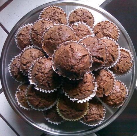 schoko muffin rezept mit bild. Black Bedroom Furniture Sets. Home Design Ideas