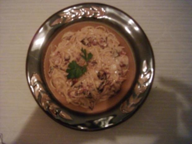 Spaghettini in Speck-Sahne-Sauce - Rezept