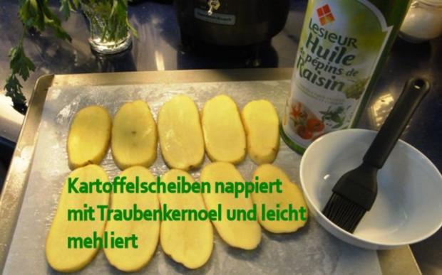Knusper-Sole-Filet auf rohem Rote-Beete-Salat mit Kraeuter-Ofenkartoffeln - Rezept - Bild Nr. 4