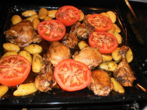 Hähnchenkeulen mit Rosmarin-Kartoffeln - Rezept - Bild Nr. 8