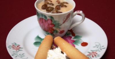 Rezept: Teecreme, dazu eine Tasse ostfriesischer Tee