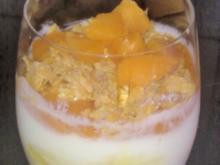Joghurt-Aprikosen-Crunch - Rezept