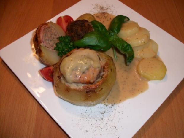 Kohlrabi gefüllt mit Hachfleisch und  Kochschinken Käse Haube...Salzkartoffeln u.Soße... - Rezept - Bild Nr. 5
