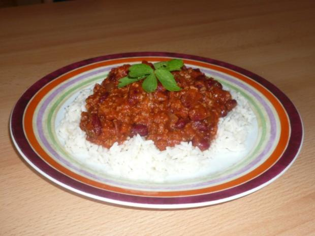 Chili con Carne auf Reis - Rezept