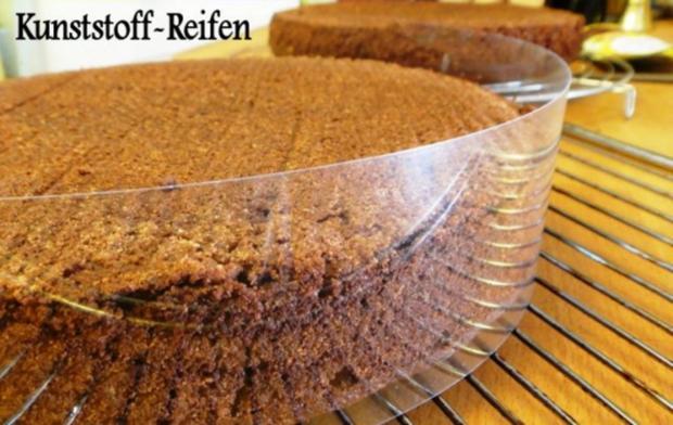 Schokoladen-Torte mit Johannisbeer-Gelée - Rezept - Bild Nr. 8