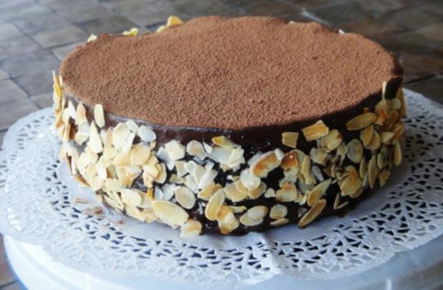 Schokoladen-Torte mit Johannisbeer-Gelée - Rezept - Bild Nr. 13