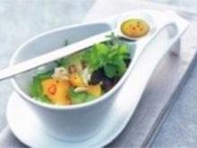 Avocado- Mozzarella- Salat mit Mango und Orangen- Vinaigrette - Rezept