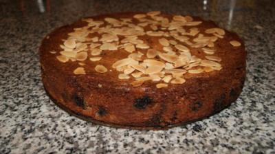 Rezept: Kirschkuchen mit Mandelplättchen