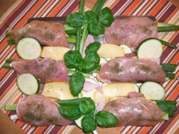 Rezept: Hähnchenbrustfilet gefüllt.     Zucchinigemüse mal anders.....