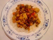 Scharfer Gemüsetopf auf Basmatireis - Rezept