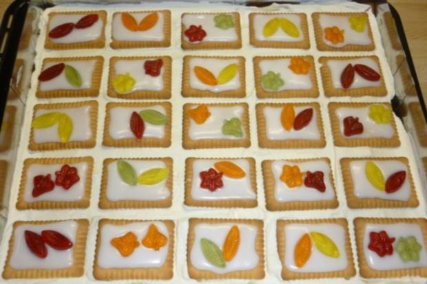 Zitronen-Butterkeks-Kuchen ( Gummibärchen - Kuchen ) - Rezept - Bild Nr. 3