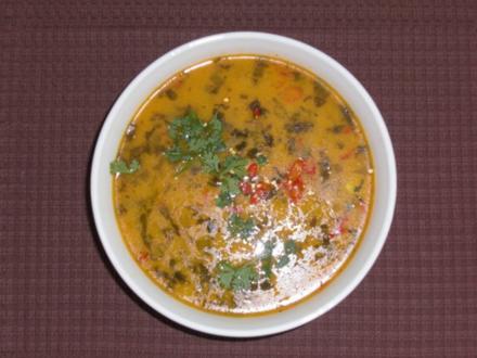 Scharfe Hühnersuppe (Tom Kha Gai) - Rezept