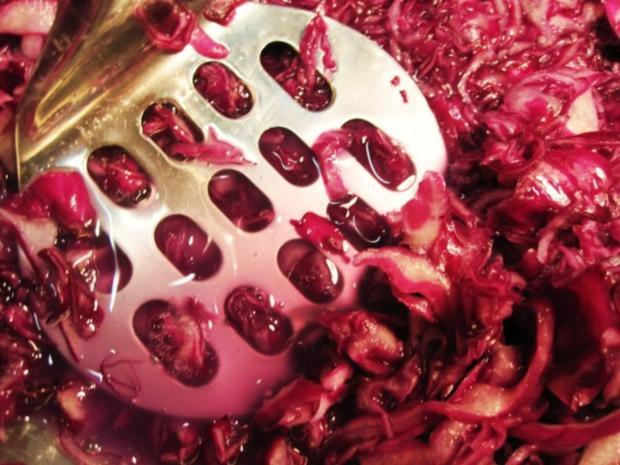 Roher Krautsalat - heute mal rot ... - Rezept - Bild Nr. 4