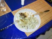 Geflügel: Hähnchenbrustfilet mit Trüffelsoße und Bärlauchnudeln - Rezept