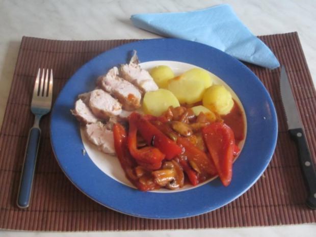 Hähnchenbrust mit Paprika-Champignon-Olivensoße - Rezept - Bild Nr. 10