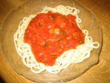 Spaghetti mit Paprika-Soße - Rezept