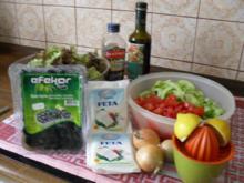 Bauernsalat mit Feta und Oliven - mein Geburtstagsessen mit Gyros und Kartoffelspalten - Rezept