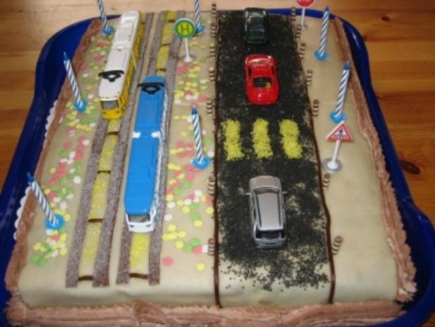 Kinder-Geburtstags-Torte - Rezept