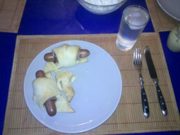 Rezept: Snack: Hotdog im Schlafrock - nach einer Inspiration von AnnaundGuenni