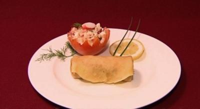 Gefüllte Tomaten und Pfannkuchen mit Champignons (Ina Menzer) - Rezept